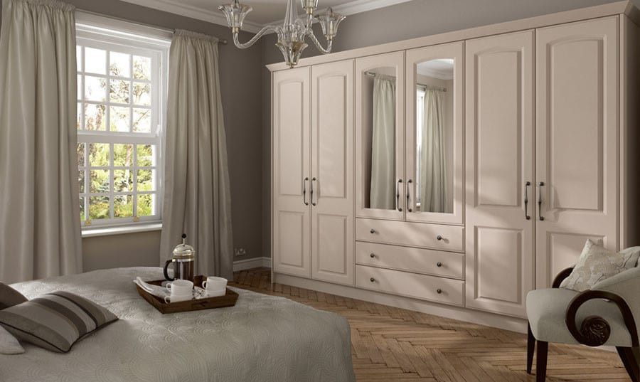 Traditional style fitted wardrobe