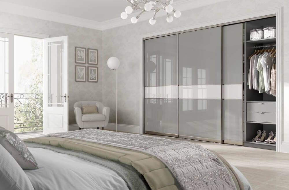 Grey high glooss sliding door wardrobe